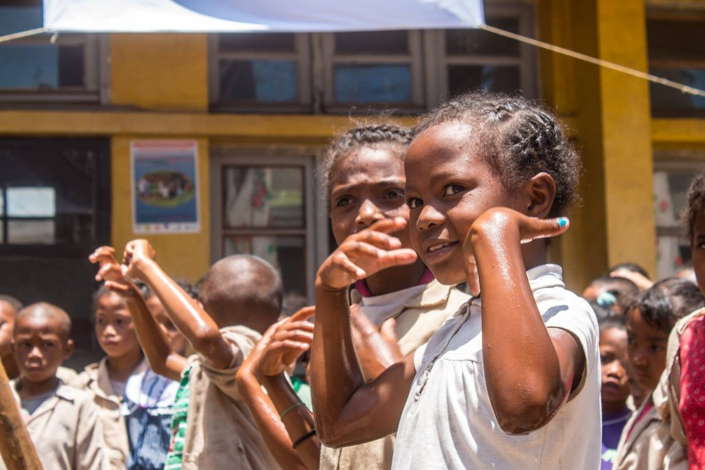 Madagaskar børn i skolen