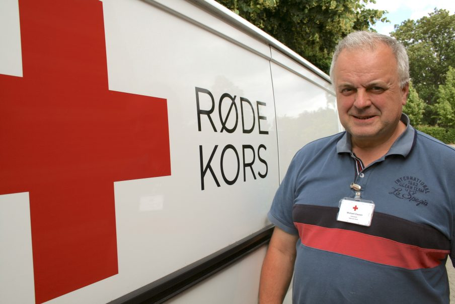 Michael Clausen, den netop fratrådte leder af Røde Kors Butik og Røde Kors Møbler,